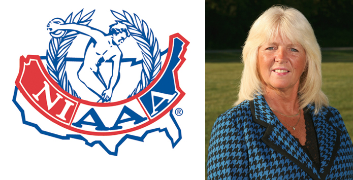 New Trier Athletic Director Deb Ofcky Receives Award From NIAAA