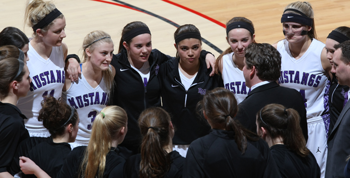 "Rolling Meadows' Alexis Glasgow on the bond ""that will keep team together"""
