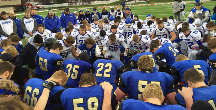 SAWA – IHSA Football Teams Display Sportsmanship, Character & Integrity During 2015 Season
