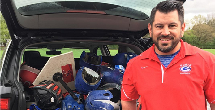 Chicago Sports Broadcaster Laurence Holmes Facilitates Equipment Donations to CPS Schools