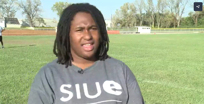 Female Lineman Helps Madison Back To IHSA Football Playoffs