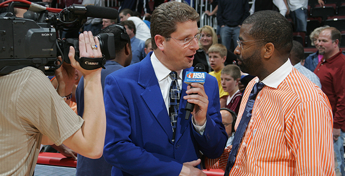 Peoria TV/IHSA TV Icon Lee Hall Signs Off