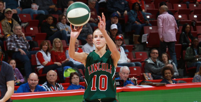 Lincoln's Hailie Williams is 2016 Country Three-Point Showdown Queen of the Hill
